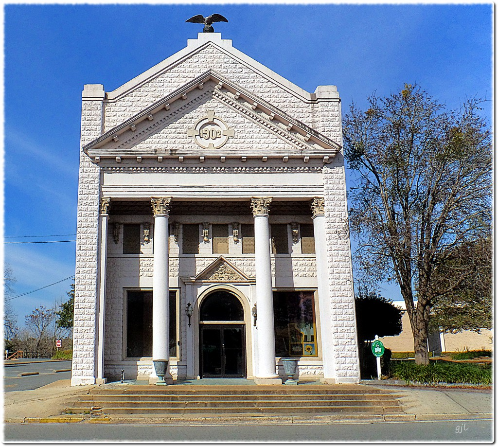 The First Bank Building, built in 1902, was the most attractive bank building in the State of Florida at the time.